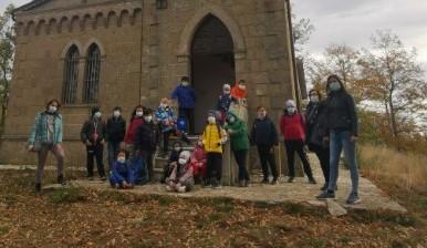 Scuola primaria di Busso – Uscita didattica scavi di Monte Vairano e casetta del guardaboschi – 16 novembre 2020